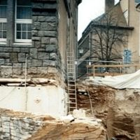 Underpinning for the construction of a basement garage at the Holzmarkt in Bautzen, geotechnical consulting and site supervision
